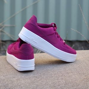 Nike Women's AF1 Sage Low Berry Sneakers Sz 8.5